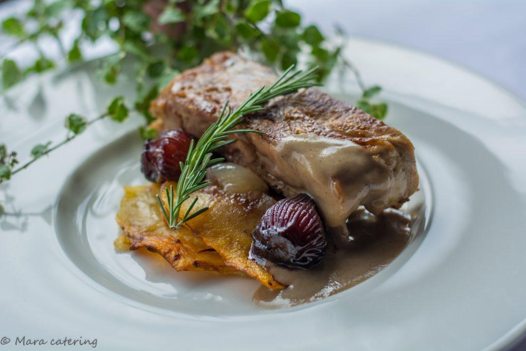 LINGOTE DE CORDERO mara catering servicio de catering madrid evento empresa precio cantering