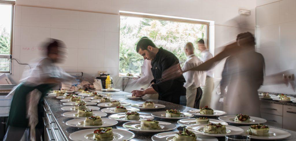 equipo de cocina mara catering madrid boda eventos